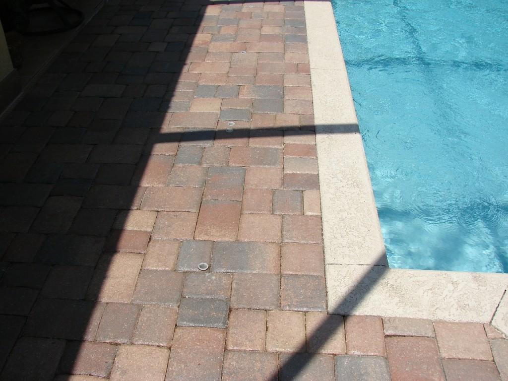 pavimento-antideslizante-piscinas ALT